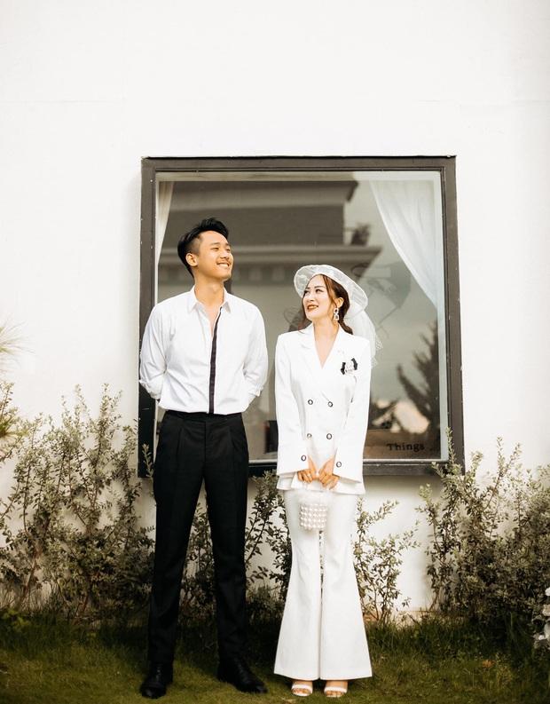 Ngày lành tháng tốt: Hết Duy Mạnh đám cưới lại đến em họ sang chảnh, sexy của Hương Tràm tổ chức đám hỏi - Ảnh 6.