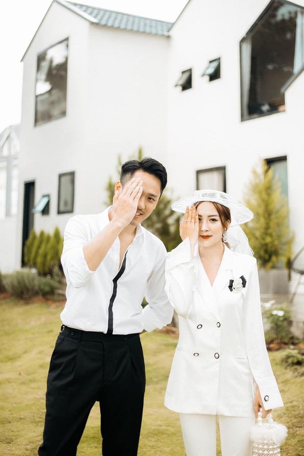 Ngày lành tháng tốt: Hết Duy Mạnh đám cưới lại đến em họ sang chảnh, sexy của Hương Tràm tổ chức đám hỏi - Ảnh 5.