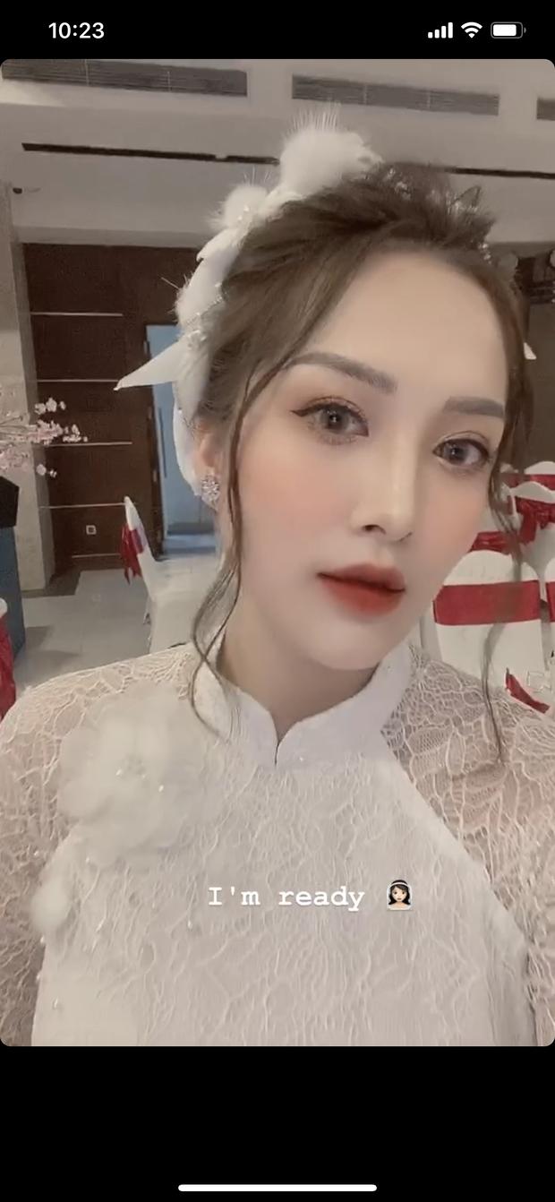 Ngày lành tháng tốt: Hết Duy Mạnh đám cưới lại đến em họ sang chảnh, sexy của Hương Tràm tổ chức đám hỏi - Ảnh 2.