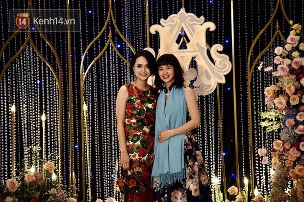 Duy Mạnh - Quỳnh Anh bật khóc trong đám cưới, bố cô dâu xúc động nhắn nhủ: Dẫu gian nan mong 2 con vẫn bên nhau - Ảnh 23.
