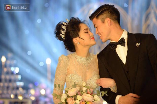 Quang Hải lẻ bóng dự đám cưới Duy Mạnh, nhiều người hụt hẫng vì cứ tưởng cô chủ tiệm nail Huyền My sẽ tới cùng - Ảnh 1.