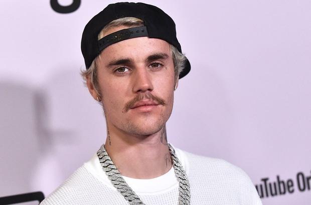 Chật vật với thành tích comeback đáng chán chưa đủ, Justin Bieber còn bị đàn chị 8 lần được đề cử Grammy chỉ trích lợi dụng hệ thống một cách trắng trợn - Ảnh 1.