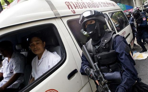8 giờ xả súng kinh hoàng ở Thái Lan khiến 20 người thiệt mạng: Hung thủ còn bắt giữ con tin, đăng loạt trạng thái đáng sợ trên Facebook - Ảnh 5.