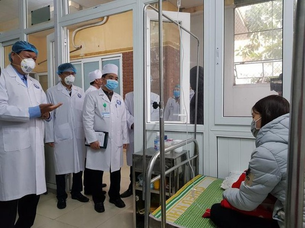 Trong cuộc chiến chống virus corona, ứng dụng Sức khỏe Việt Nam là 'vũ khí công nghệ' của Bộ Y tế