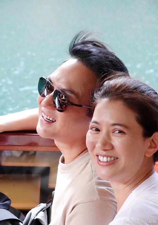 Mấy ai được như cặp Viên Vịnh Nghi - Trương Trí Lâm: 19 năm bên nhau nàng vẫn đỏ mặt, tim đập mạnh khi chụp ảnh với chàng - Ảnh 3.