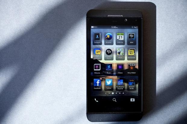 5 hệ điều hành đã cố gắng nhưng cuối cùng vẫn thất bại trong việc truất phế Android và iOS suốt 10 năm qua - Ảnh 2.
