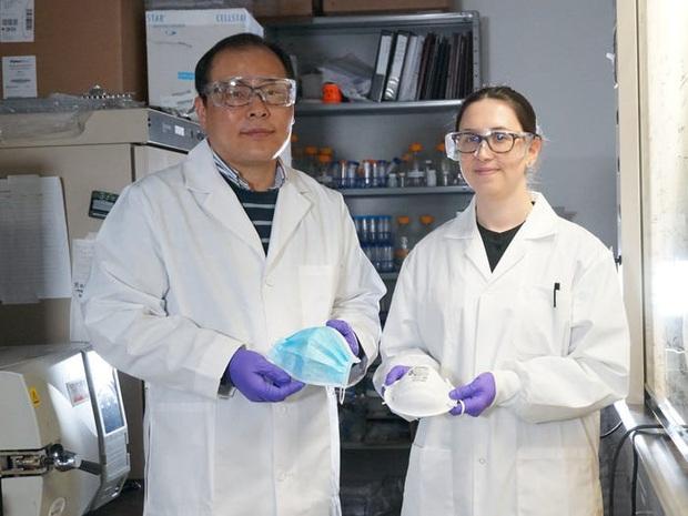 Nhà nghiên cứu Canada: Khẩu trang phủ muối có thể vô hiệu hóa virus bám trên bề mặt trong 5 phút - Ảnh 2.