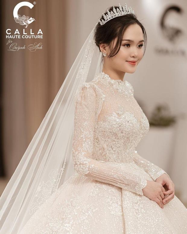 Sau pha makeup lỗi trong đám hỏi, lần này cô dâu Quỳnh Anh đã lấy lại phong độ, họa mặt xinh tươi chuẩn công chúa rồi! - Ảnh 7.