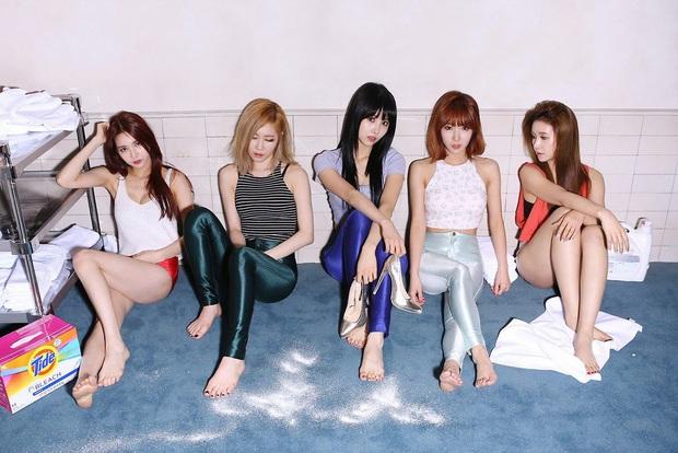 Cựu thành viên girlgroup cùng nhà với IU chia sẻ gây sốc: Phải kí hợp đồng nô lệ 7 năm, bị các thành viên bắt nạt; tiết lộ SNSD lục đục và nhân cách thật của IU - Ảnh 2.