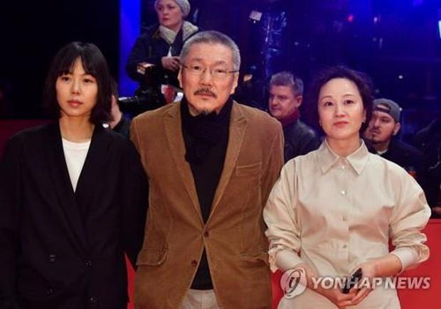 Đạo diễn ngoại tình lắm tài nhiều tật xứ Hàn thắng giải Gấu Bạc danh giá cho phim hợp tác với bồ nhí Kim Min Hee - Ảnh 2.