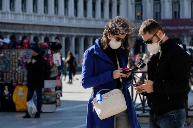 Mỹ có bệnh nhân đầu tiên tử vong, Italy tăng lên 1.128 ca nhiễm virus corona - Ảnh 2.