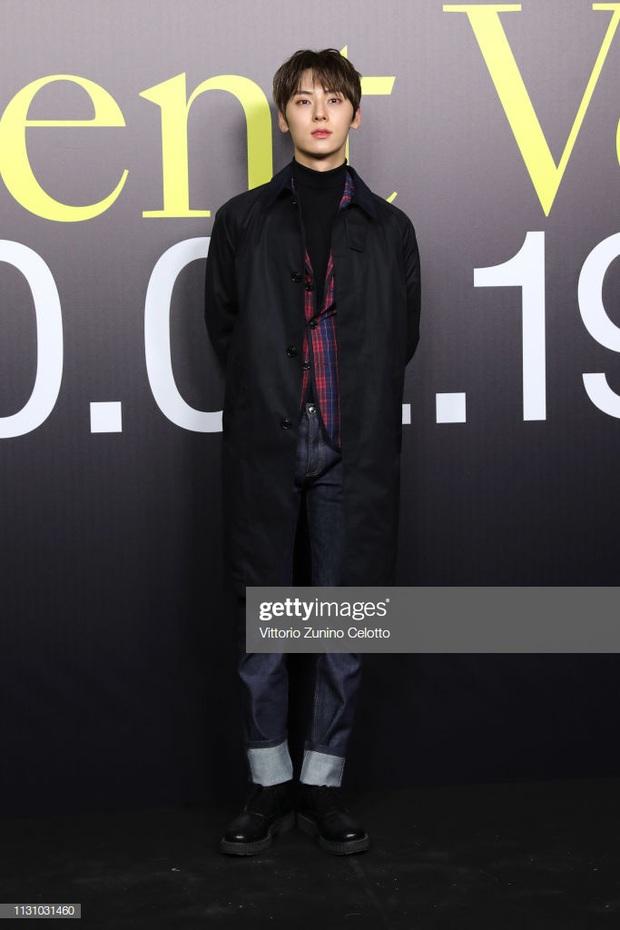 Hwang Min Hyun bị nghi nhiễm virus COVID-19 sau khi trở về từ Milan Fashion Week, đại diện NUEST chính thức lên tiếng - Ảnh 4.