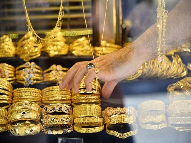 Giá vàng giảm không phanh, mất 4,2 triệu đồng/lượng trong tuần - Ảnh 1.