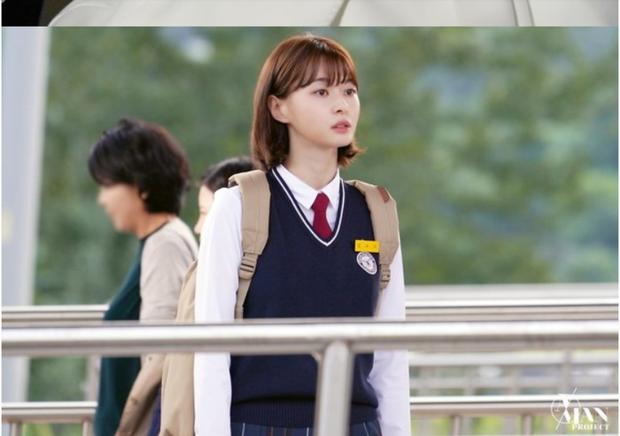 Giải mã nội tâm nữ phụ Tầng Lớp Itaewon: Với món nợ ân tình vẫn còn chưa trả nổi, chừng nào Soo Ah mới dám mở lòng? - Ảnh 7.