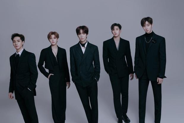 """Knet tranh cãi top 5 boygroup của Mnet: 3 nhóm nhạc mới nổi sánh ngang BTS trong khi EXO và dàn idol SM """"ra chuồng gà""""? - Ảnh 5."""