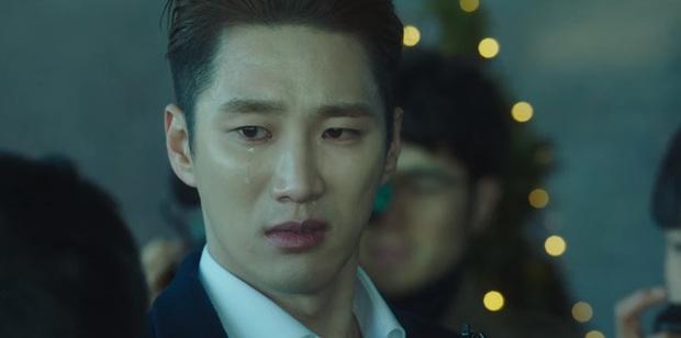 Bị bố ruột khai tử ở Tầng Lớp Itaewon tập 10, với Geun Won tình thương là thứ xa xỉ nhất trên đời! - Ảnh 7.