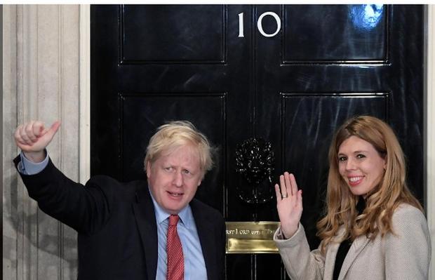 Thủ tướng Anh lập kỷ lục 250 năm mới có - Ảnh 1.