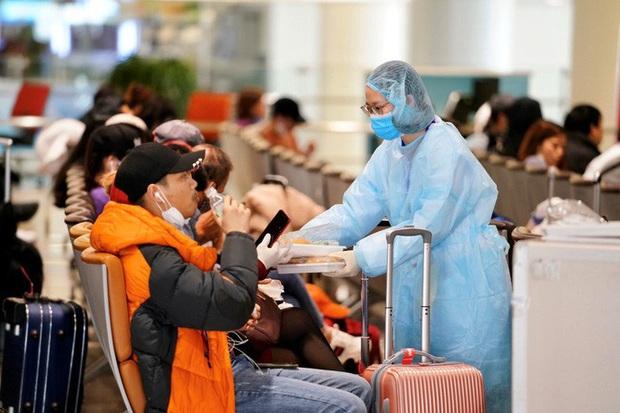 Nội Bài, Tân Sơn Nhất dừng đón chuyến bay từ Hàn Quốc - Ảnh 7.