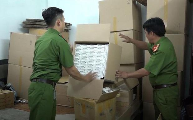 Đề nghị truy tố 2 lãnh đạo công ty dược cầm đầu đường dây làm thuốc giả ở Sài Gòn  - Ảnh 2.