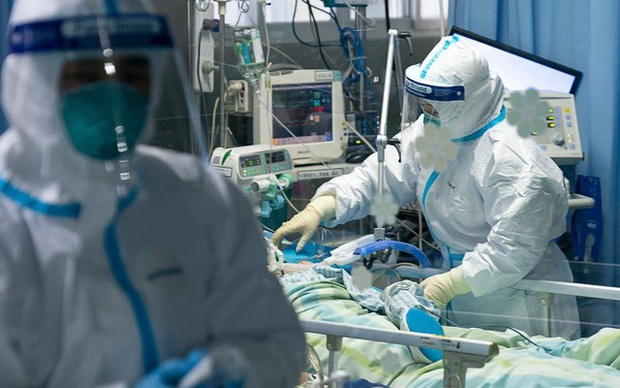 Ca nhiễm thứ 32 tại Việt Nam từng tiếp xúc với bệnh nhân số 17 tại London, về nước bằng chuyên cơ riêng - Ảnh 1.