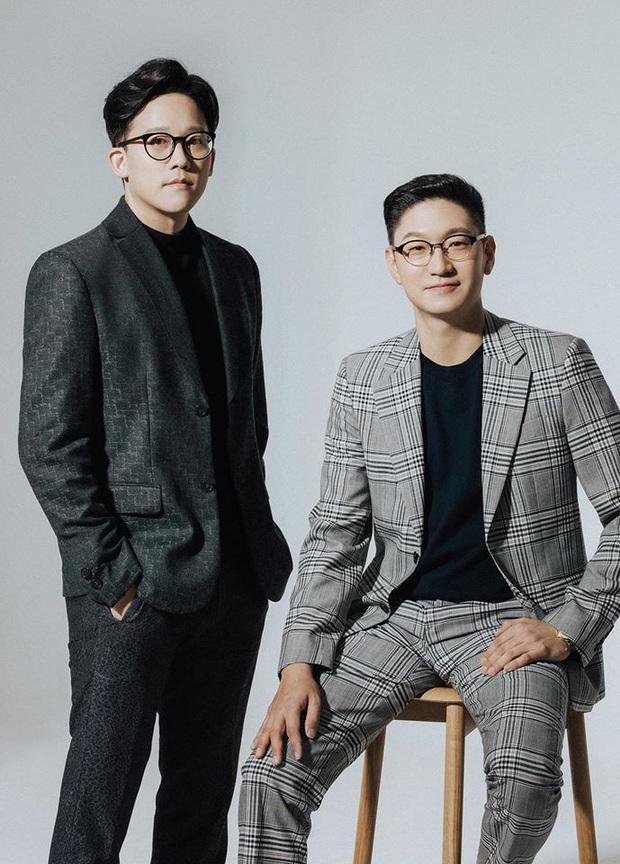 Phát sốt vì SM thay máu lãnh đạo: Visual như tài tử, toàn máu mặt từ cháu trai Lee Soo Man đến quản lý cũ Suju - Ảnh 2.