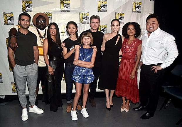 Bom tấn The Eternals của Marvel bị hội mẹ bỉm sữa Mỹ tẩy chay vì có nụ hôn đồng tính - Ảnh 3.