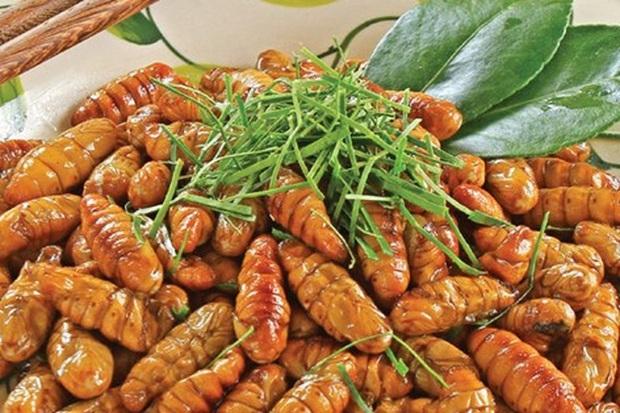 Mê mẩn một món đặc sản có nguồn gốc từ côn trùng ở Việt Nam, anh chàng nước ngoài đăng đàn hỏi tên để mua lại cho bằng được - Ảnh 3.