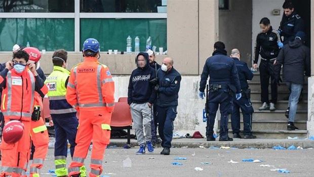 Hàng chục tù nhân trốn khỏi các nhà tù tại Italy vì COVID-19 - Ảnh 1.