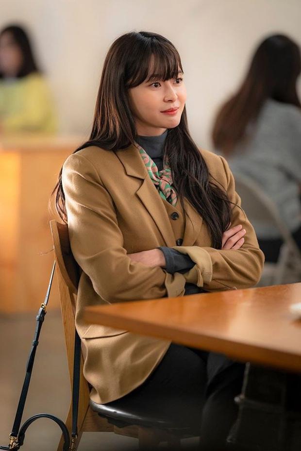 Nữ phụ hot nhất Itaewon Class Kwon Nara từng gây xao xuyến khi khoe mặt mộc trên show thực tế - Ảnh 1.