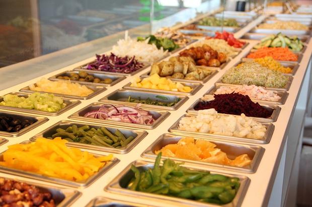 Những thủ thuật vận hành của các nhà hàng buffet để không bao giờ bị lỗ, thực khách đã bị hao tiền bấy lâu nay mà không biết (Phần 1) - Ảnh 2.