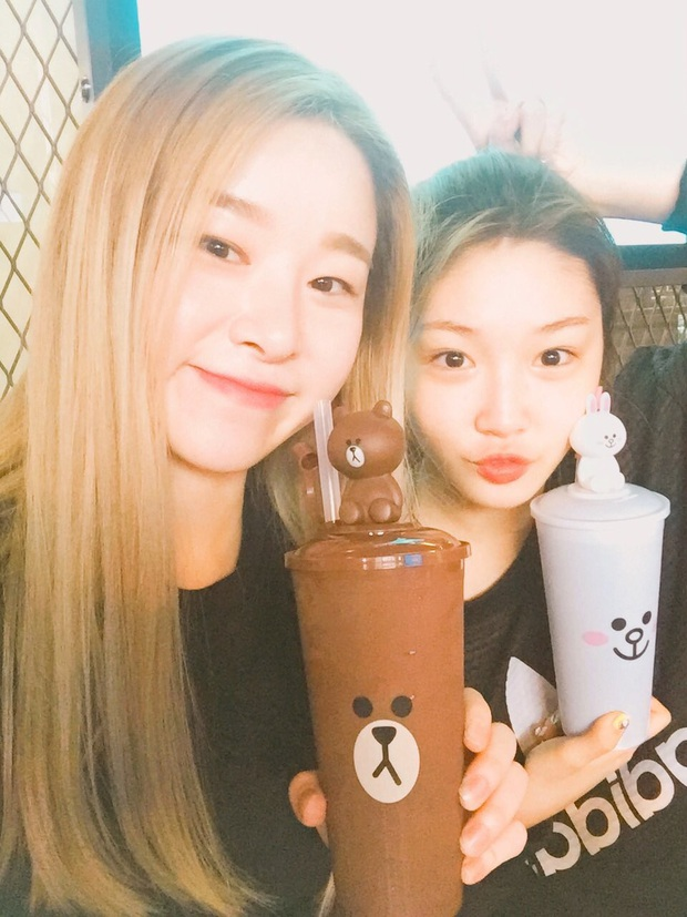 Hội 5 nữ thần mặt mộc gây xôn xao Kpop: Nayeon và IU hack tuổi là có lý do, nhưng chưa bất ngờ bằng Hwasa - Ảnh 15.