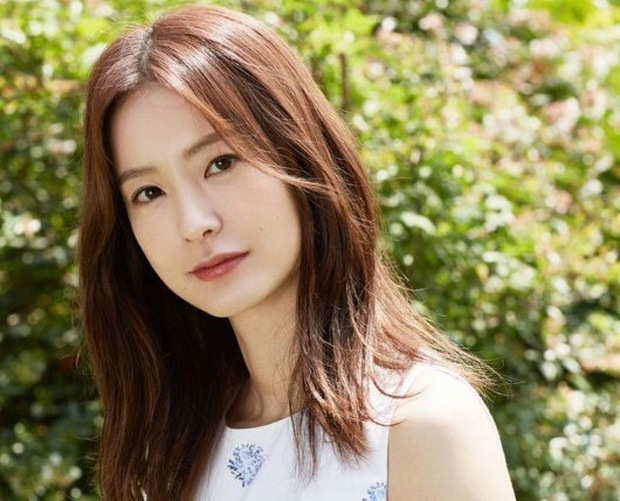 Choáng dàn cast siêu phẩm chưa ra mắt đã gây nổ: Gong Yoo - Yumi, Suzy - Bo Gum đụng độ ngại ngùng, sốc hơn là nữ thần Cbiz - Ảnh 14.