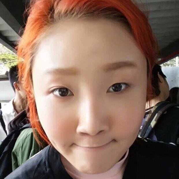Hội 5 nữ thần mặt mộc gây xôn xao Kpop: Nayeon và IU hack tuổi là có lý do, nhưng chưa bất ngờ bằng Hwasa - Ảnh 24.