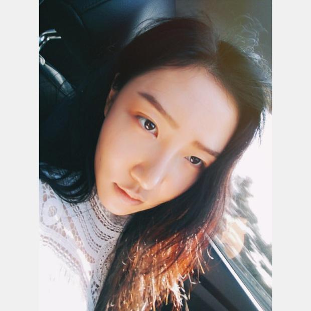 Hội 5 nữ thần mặt mộc gây xôn xao Kpop: Nayeon và IU hack tuổi là có lý do, nhưng chưa bất ngờ bằng Hwasa - Ảnh 26.