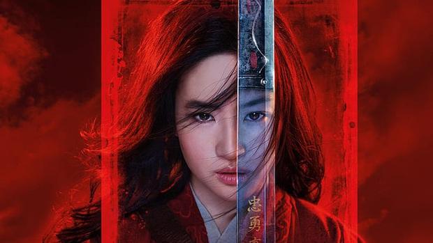 Cố gồng thêm thắt drama cho Mulan, Disney có đang biến Hoa Mộc Lan thành nồi lẩu lai Tây nửa mùa? - Ảnh 1.