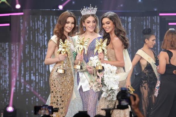 Top 3 Miss International Queen cùng lộ diện sau đăng quang: Tân Hoa hậu bị chê già, kém sắc hơn hẳn so với 2 nàng Á - Ảnh 2.