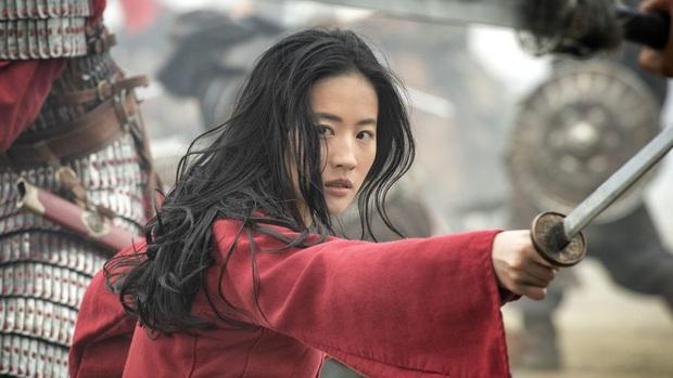 Cố gồng thêm thắt drama cho Mulan, Disney có đang biến Hoa Mộc Lan thành nồi lẩu lai Tây nửa mùa? - Ảnh 5.