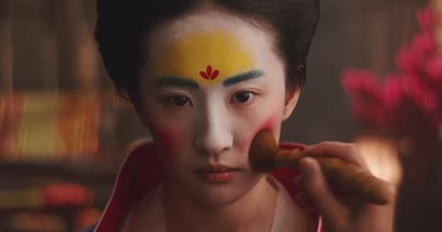 Cố gồng thêm thắt drama cho Mulan, Disney có đang biến Hoa Mộc Lan thành nồi lẩu lai Tây nửa mùa? - Ảnh 6.
