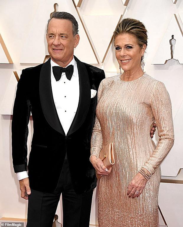 NÓNG: Vợ chồng tài tử Tom Hanks và Rita Wilson xác nhận dương tính với COVID-19 - Ảnh 1.