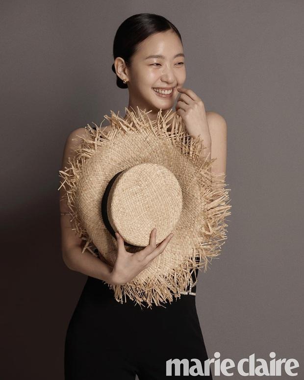 Kim Go Eun: Nàng thơ mới của Lee Min Ho gây tranh cãi từ visual, phim 18+ đến tình chú cháu và tài năng bùng nổ bất ngờ - Ảnh 8.