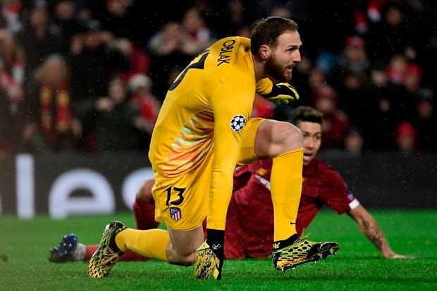 Nỗi ám ảnh thủ môn hiện về, Liverpool chính thức trở thành cựu vương Champions League - Ảnh 6.