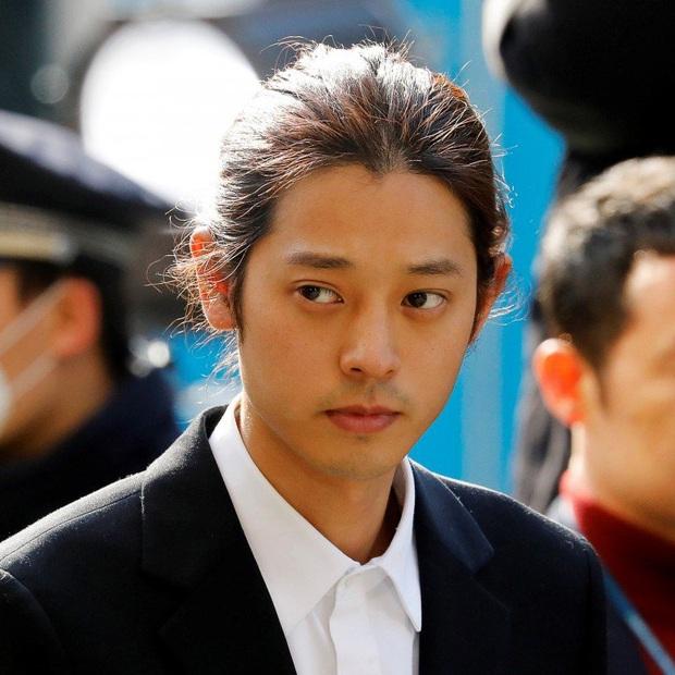Tròn 1 năm sau bê bối chatroom rúng động, bức ảnh đạt giải nhờ khoảnh khắc vàng của Jung Joon Young bỗng hot trở lại - Ảnh 8.