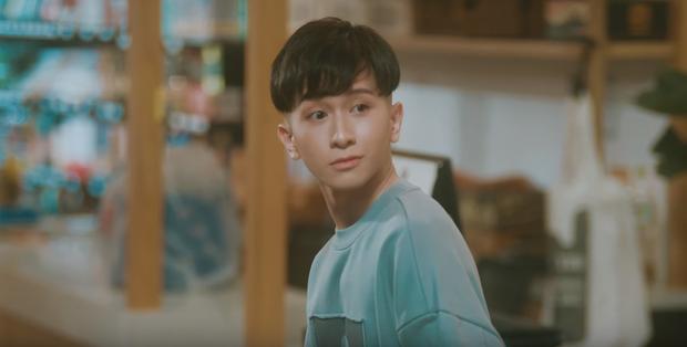 Đỗ Hoàng Dương yêu thầm Cody (Uni5), lại còn mặt gắt tay đấm loạn xạ, MV comeback dự đoán sẽ là... drama đam mỹ? - Ảnh 5.