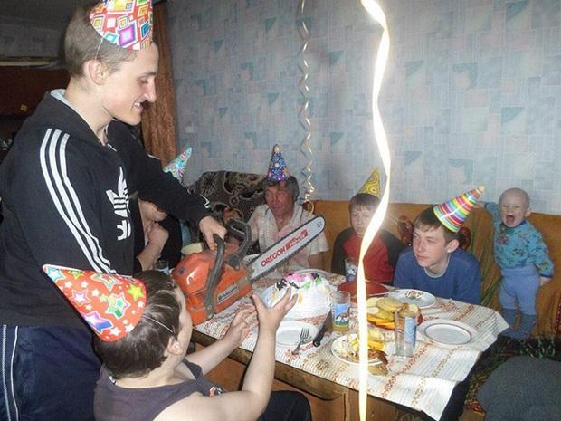 Một ngày bình thường như cân đường của người dân vui tính tại nước Nga xa xôi - Ảnh 11.