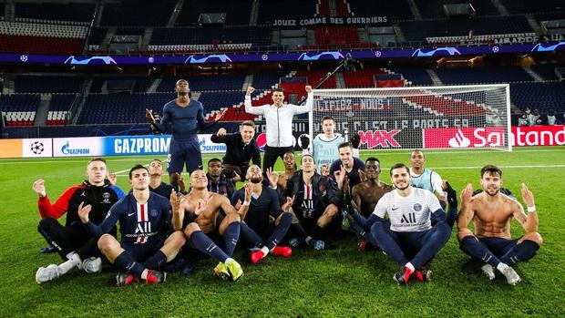 Bất chấp nỗi lo nghiệp quật, dàn sao PSG hả hê chọc quê tiền đạo năm nay mới 19 tuổi - Ảnh 1.