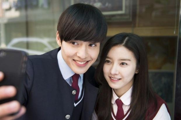Cuối cùng sau 6 năm mập mờ, nàng cháo Kim So Eun đã lên tiếng về tin đồn hẹn hò Kang Ha Neul - Ảnh 3.