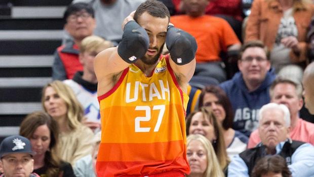 Giải NBA bị hoãn vô thời hạn sau trường hợp dương tính với virus Corona chủng mới đầu tiên - Ảnh 2.