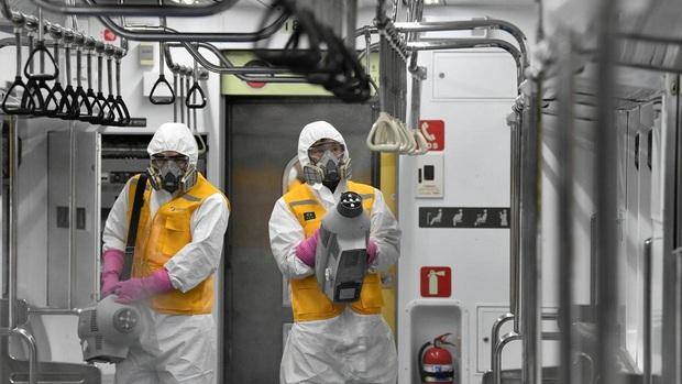 Lý do gì giúp Hàn Quốc có tỷ lệ tử vong vì Covid-19 thấp đáng kinh ngạc: Gần 8000 người nhiễm nhưng chỉ 0,8% thiệt mạng? - Ảnh 1.