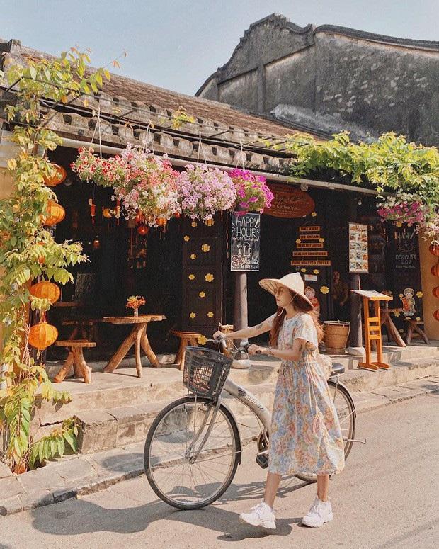 Cập nhật: Loạt tỉnh, thành phố du lịch Việt Nam ngừng đón du khách vì dịch Covid-19 - Ảnh 5.