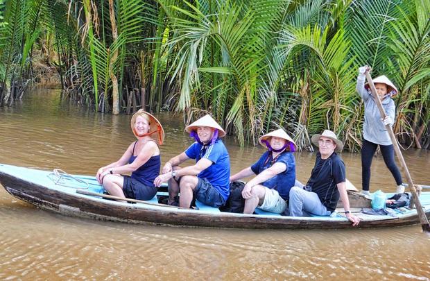 Cập nhật: Loạt tỉnh, thành phố du lịch Việt Nam ngừng đón du khách vì dịch Covid-19 - Ảnh 7.